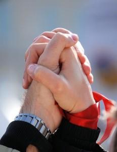 אנחנו איתך בכל צעד. יד ביד. לתמוך, לחזק ולסייע לך להצליח בגדול
